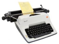 "Olympia ""International"" typewriter with an Urdu keyboard"